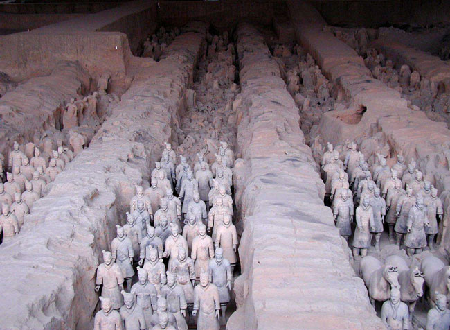 Qin Dynasty Emperor To...